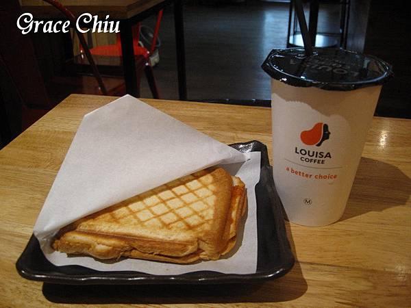 LOUISA COFFEE路易莎咖啡(延平店) 義式壓磚三明治(火腿起司)