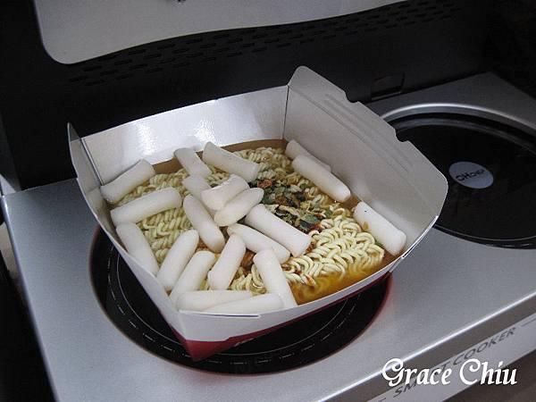 韓國泡麵機 煮泡麵機 萊爾富 現煮泡麵