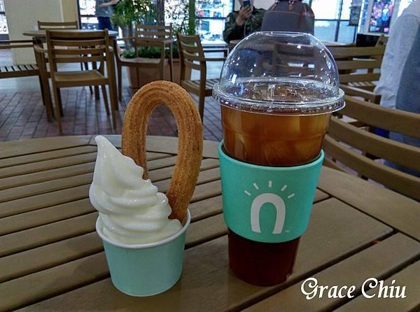 아츄+아메리카노(ice)  스트릿츄러스(STREET CHURROS)