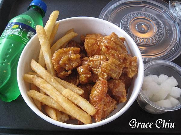 bb.q CHICKEN 蜂蜜蒜味 韓式炸雞 韓國炸雞 全家店中店