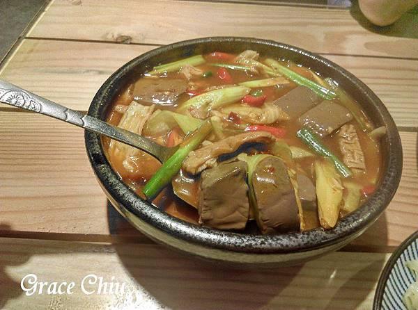 村子口中華料理 桂林路家樂福4F
