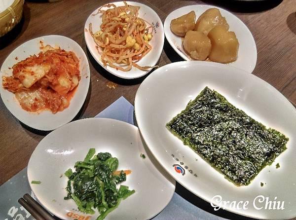 涓豆腐 韓式小菜 台北車站韓式料理 北車2樓
