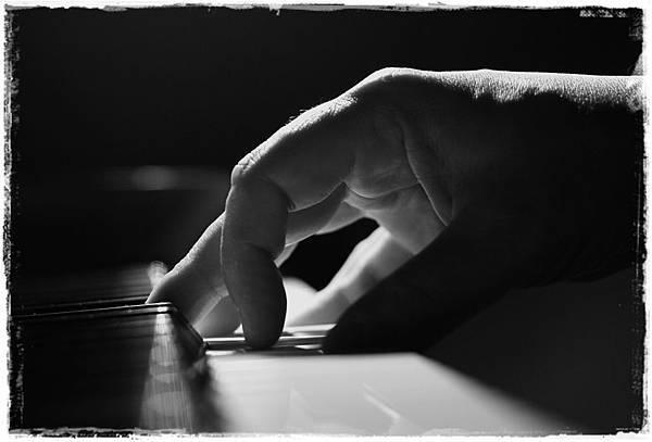 Piano_Player_II