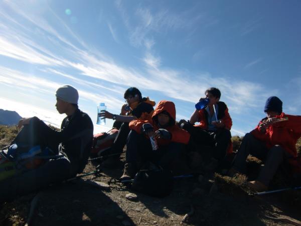 8年級攀登嘉明湖