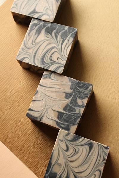 2014.02.26頂級榛果紫草修護皂