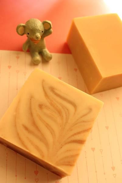 2014.10.14瑞琪老師嬰兒皂+榛果保濕皂