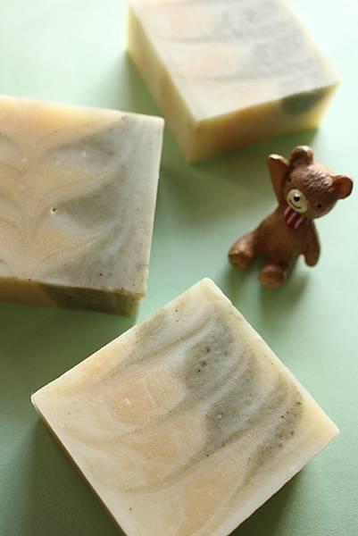 2015.04.05白玉蘭香氛皂