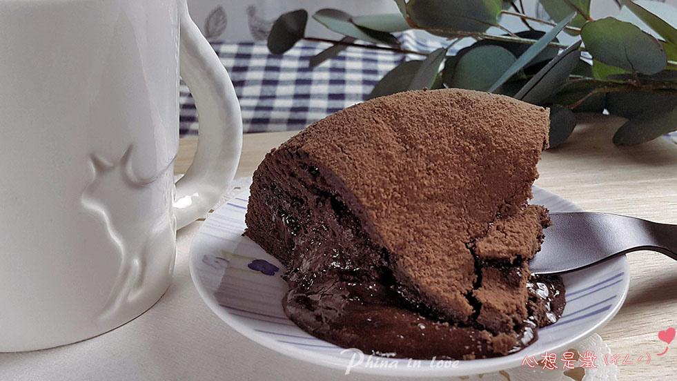 栗卡朵經典巧克力蛋糕027-1 拷貝.jpg