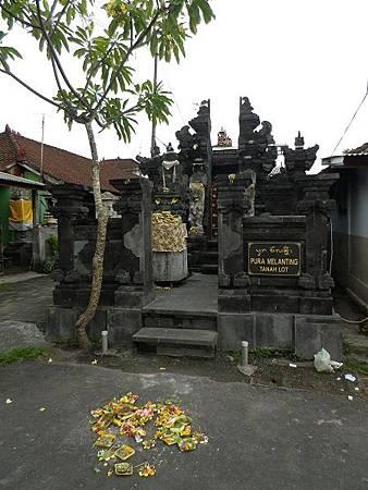 【遊】峇里島★租車一日遊景點★海神廟Pura Luhur Tanah Lot