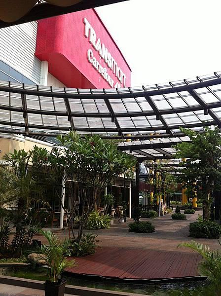 【樂】印尼雅加達★Transmart Carrefour★Tangerang區,以家樂福為中心的商場