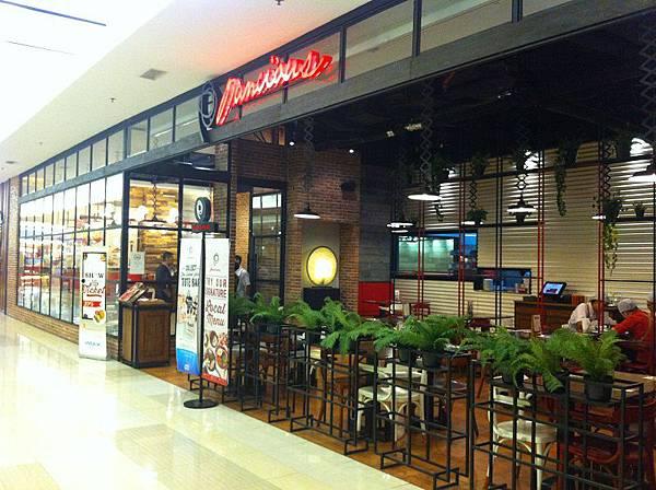 【食】印尼泗水★Pancious★連鎖鬆餅專賣店,美式鬆餅及格子鬆餅都吃得到喔!