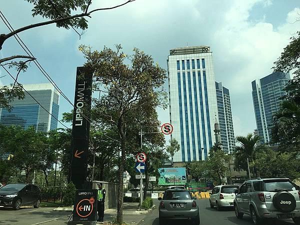 【樂】印尼雅加達★LIPPO MALL Puri★台灣麥味登MWD進駐的MALL