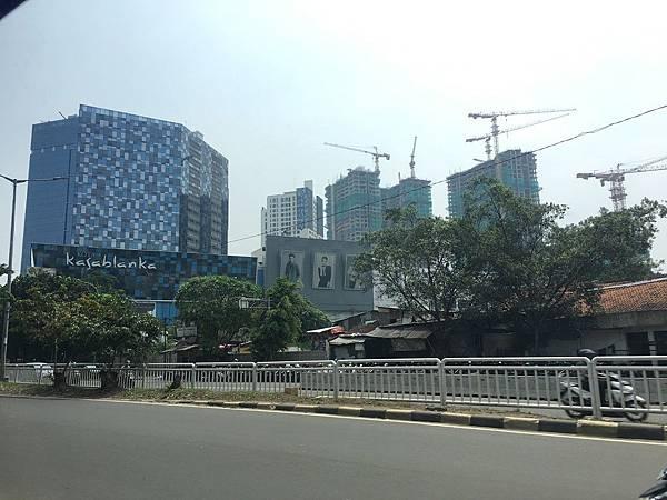 【樂】印尼雅加達★KOTA kasablanka★餐廳選擇多。日式、韓式、中式、印尼菜。雅加達市MALL