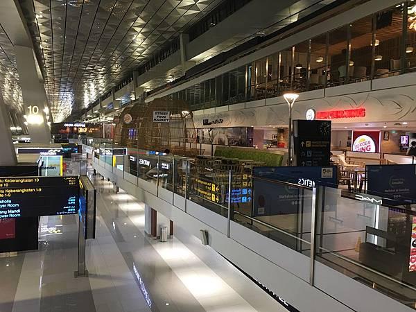 【分享】印尼雅加達★Soekarno-Hatta International Airport★蘇卡諾哈達國際機場。雅加達機場。第三航廈
