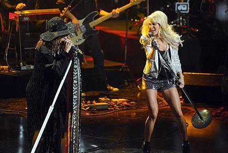 Carrie+Underwood+CMT+Crossroads+Live+Pepsi+X5qV83waFGJl.jpg