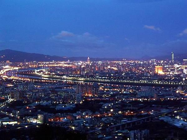 Taipei (台北夜景)