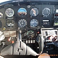 11-0730-78-把飛機 trim 好其實可以放手.JPG