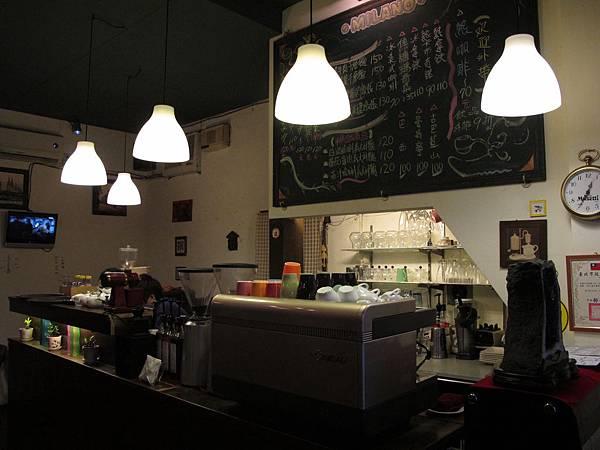 12-0227-米蘭多咖啡館11