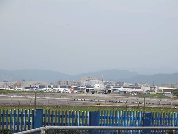 12-0324-松山機場01
