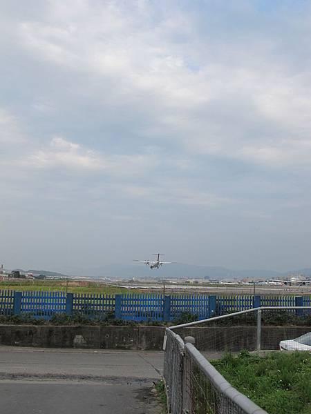 12-0324-松山機場04