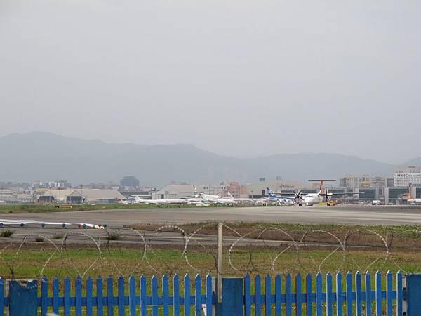 12-0324-松山機場25