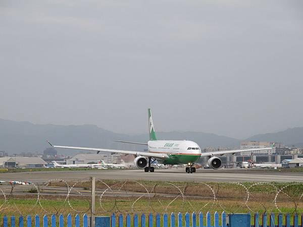 12-0324-松山機場27