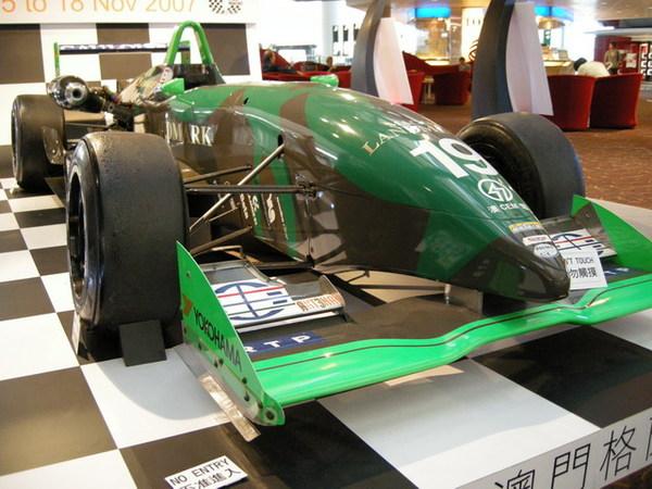 F1 展示 02