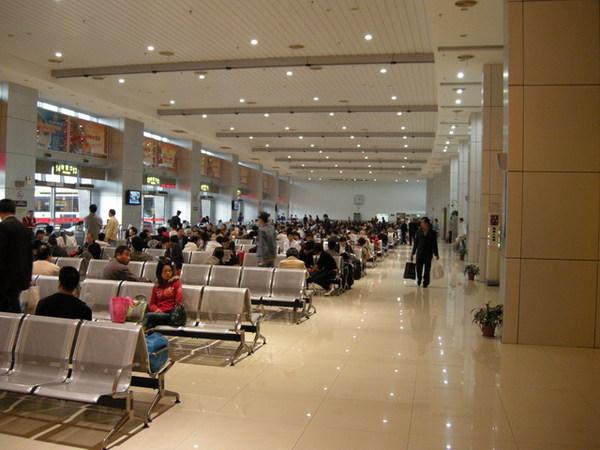 上海南站.大巴站