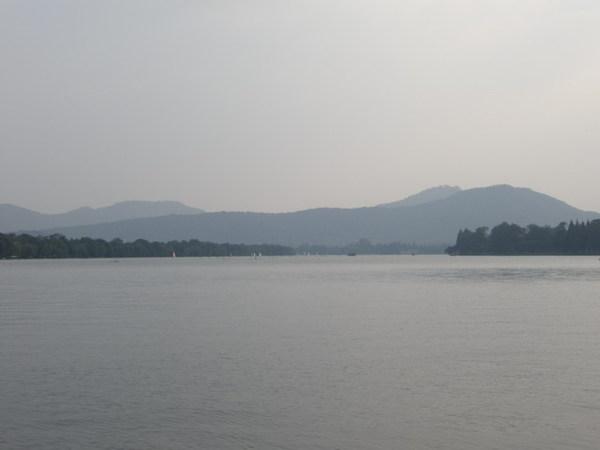 西湖 19