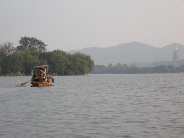 西湖 30