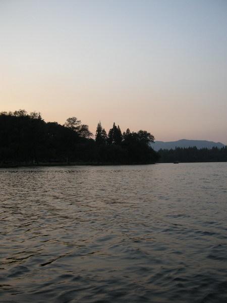 西湖 42