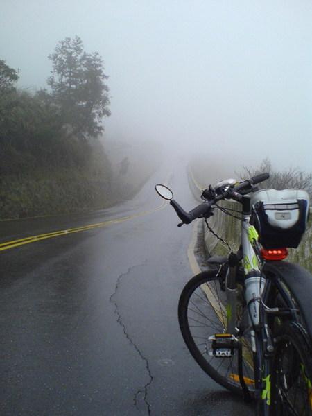 2007DEC08【台北.陽明山】單車練習 15_大小 .jpg