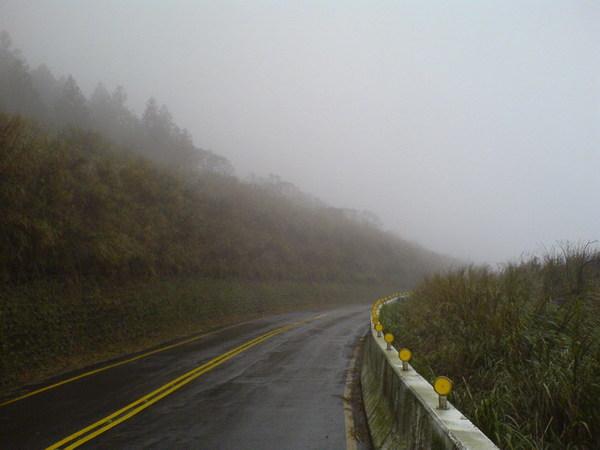 2007DEC08【台北.陽明山】單車練習 17_大小 .JPG