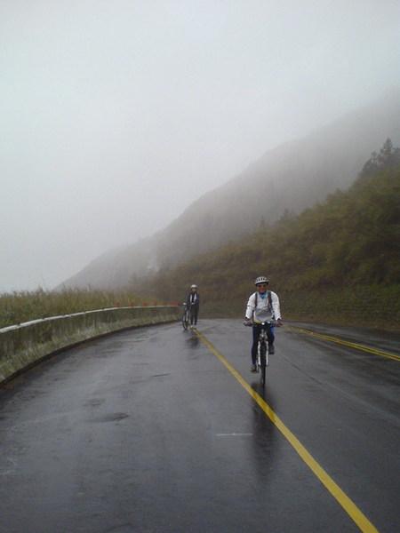 2007DEC08【台北.陽明山】單車練習 19_大小 .jpg