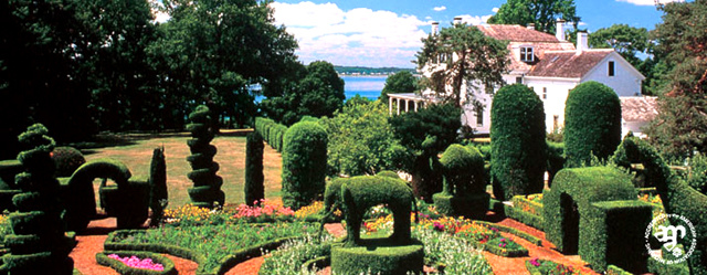 green-animals-topiary-garden-main.jpg