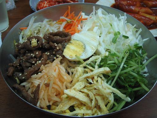 變色龍韓式料理:韓式涼拌麵