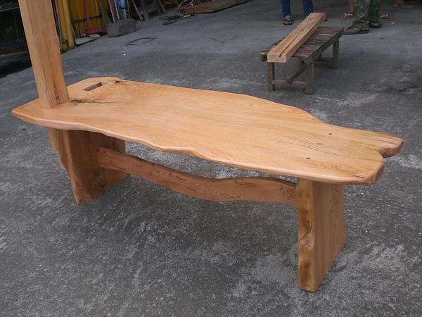 檜木拉筋凳