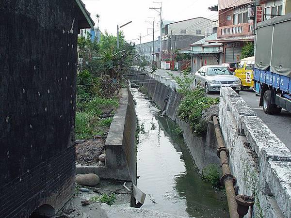 12大富橋下游.JPG