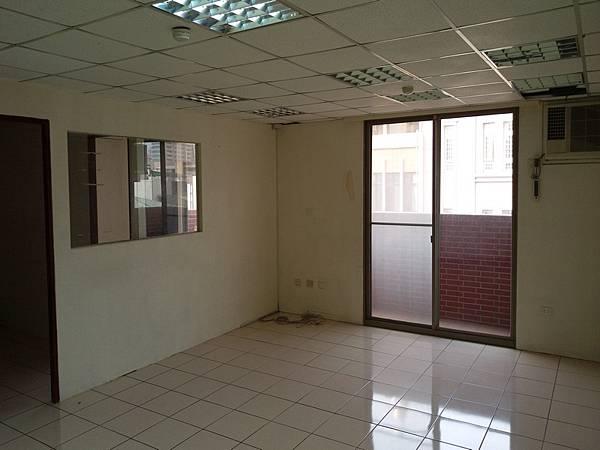 四安公司辦公室出租5F-1_04