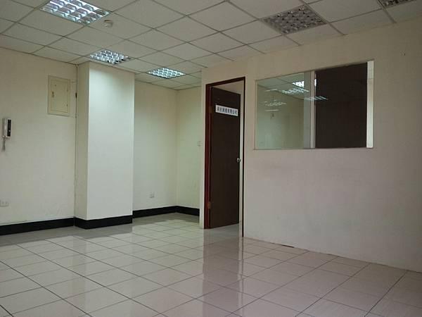 四安公司辦公室出租5F-1_02