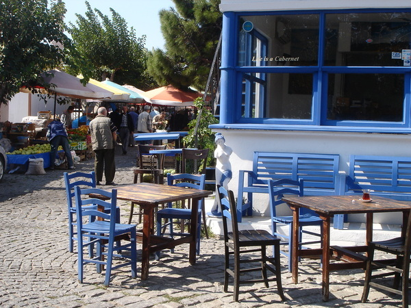 Cafe and Open-air Market