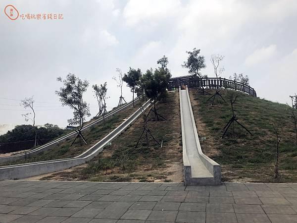 磨石子溜滑梯3.jpg