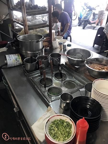 彰化泉控肉飯3.jpg