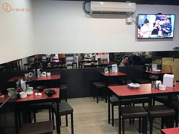 新莊宇峰滷肉飯3.jpg