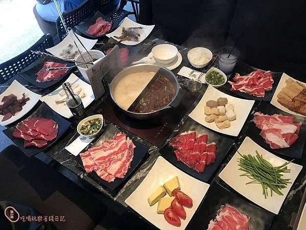 台北中山辛殿麻辣火鍋20.jpg