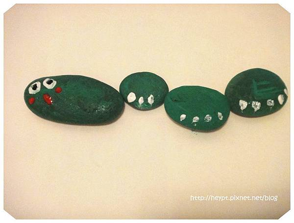 親遊~彩繪石頭17