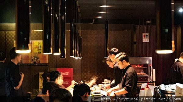 05餐廳內部.jpg