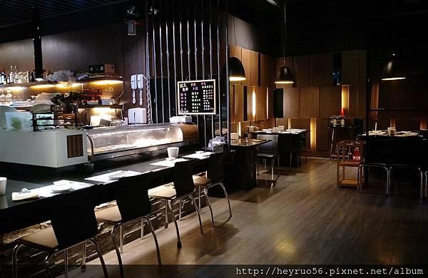 03餐廳內部.jpg