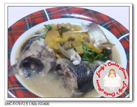 鳳梨醬燜魚頭 1026