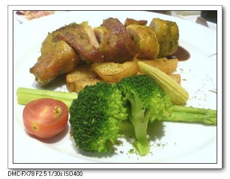 爐烤香培根雞肉捲